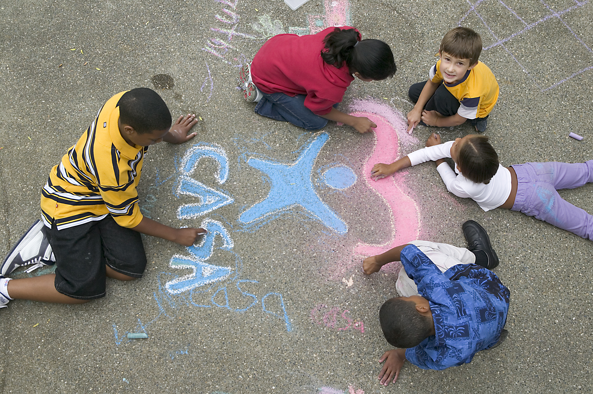 http://nc.casaforchildren.org/files/secure/community/programs/PhotoGallery/Children-in-Diverse-Groups/Casa05t0020E-h.jpg